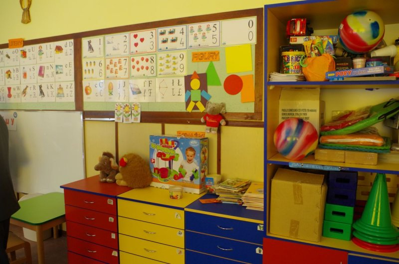 uroczyste otwarcie zmodernizowanych sal odziałów przedszkolnych (8)